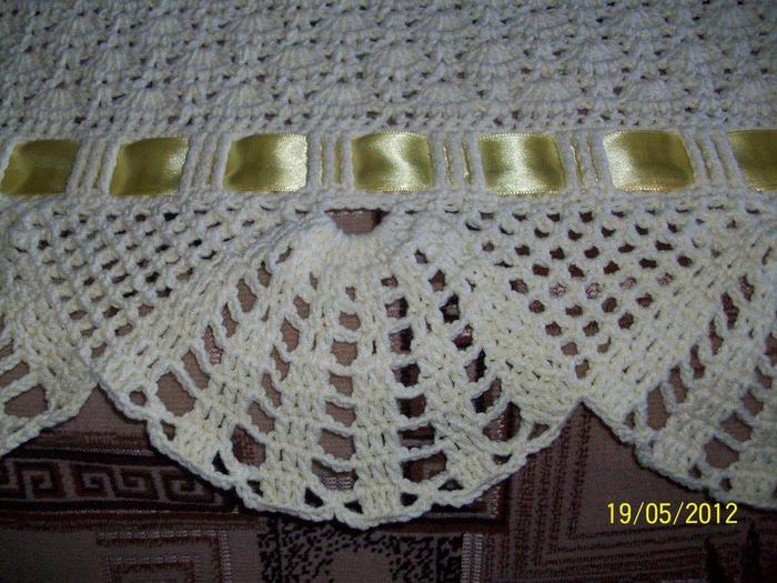Cómo decorar una manta de bebé tejida. Tejer el planeta