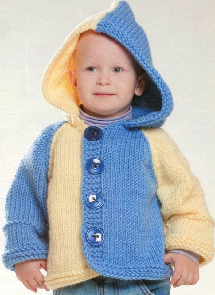 Cardigan da bambino con cappuccio con ferri da maglia - descrizione del  modello c15b07a20ea3