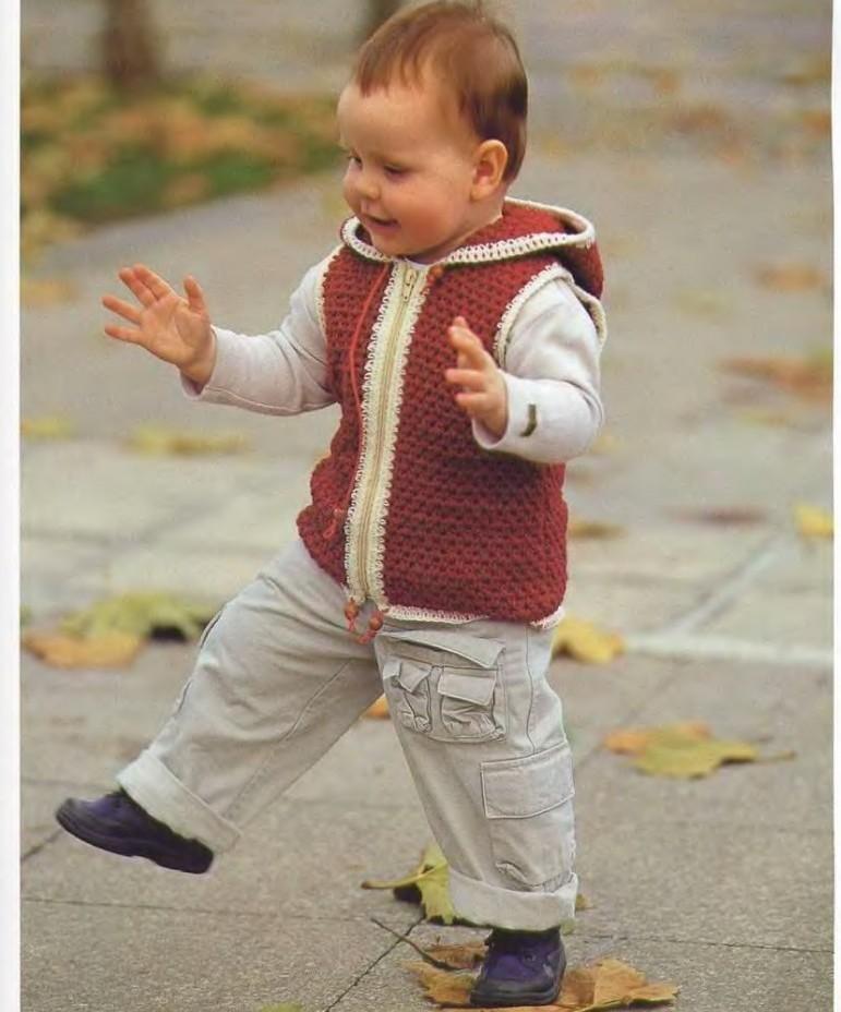 вязание крючком жилет для мальчика видео двухцветный жилет вязание