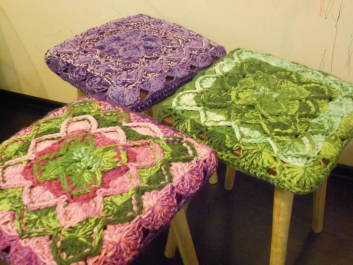Чехлы на стулья с узором из «кос» - схема вязания спицами 21
